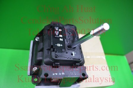 3670008C00 Lever TGs Shift T-Tronic Rexton Rx270